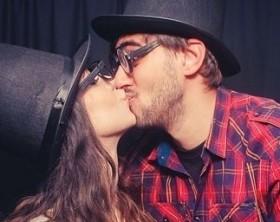 le mâle n'embrasse pas