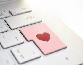 heart-3698156_640